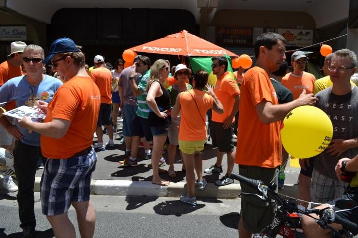 Voluntários na Avenida Paulista