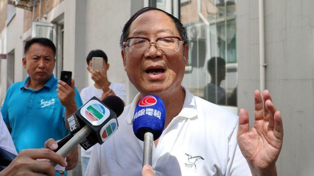 Hu Dehua, Deputado Editor da Revista Yanhuang Chunqiu
