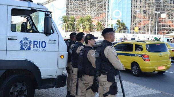 Quatro dos dez candidatos à prefeitura do Rio são favoráveis ao uso de armas de fogo pela Guarda Municipal (Crédito: Reprodução)